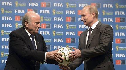 Rusija į pasaulio čempionatą kviečia suspenduotus S.Blatterį ir M.Platini