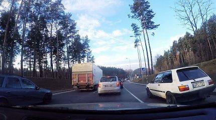 """15min eksperimentas: kaip apvažiuoti """"butelio kaklelį"""" Vilniaus aplinkkelyje?"""