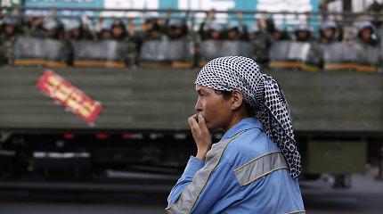 Beveik 40 šalių paragino JT teigiamai vertinti Kinijos veiksmus Sindziange