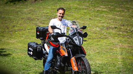 Aplink pasaulį per 40 dienų: Karolis Mieliauskas motociklu bandys aplenkti Filijų Fogą