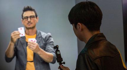 """""""Samsung"""" sukūrė dirbtinį žmogų: kas tai?"""