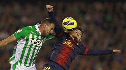 """Išaiškinus lažybų skandalą du buvę """"La Liga"""" futbolininkai patupdyti į kalėjimą"""