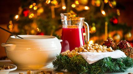 Kūčios: kokie svarbiausi ritualai ir ką simbolizuoja patiekalai ant šventinio stalo