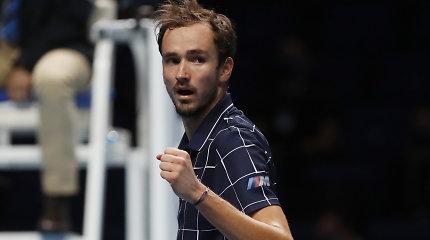 Vėl iš nepavydėtinos situacijos išsiropštęs D.Medvedevas – ATP baigiamojo turnyro čempionas