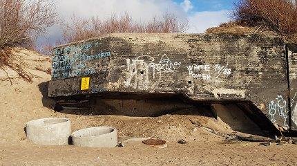 Melnragėje stovinčio ir jūros plaunamo karinio bunkerio likimas – gamtos rankose