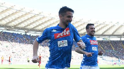 """""""Serie A"""": """"Napoli"""" po pertraukos nubloškė """"Roma"""" ekipą"""