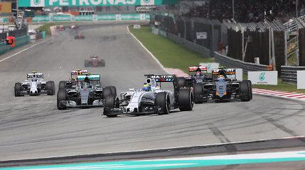 """Valtteri Bottas įvardijo silpnąsias """"Williams"""" ekipos vietas"""