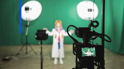 Karantino įtaka televizijai: atšauktos laidos, pasikeitę filmavimai ir išaugusios darbo valandos