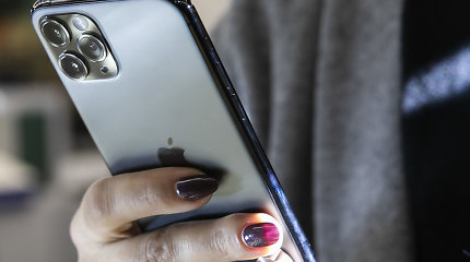 """Panevėžyje dėl """"iPhone 11"""" apiplėštas 20-metis"""