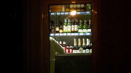 Seimo nariai nori dar griežtinti alkoholio prekybos priežiūrą