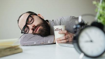 Ką organizmas mėgina pranešti, jei nuolat jaučiatės pavargę ir neišsimiegoję?