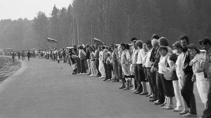 Testas: kiek žinote apie Baltijos kelią?