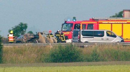 """Lenkija po sunkvežimio vairuotojo žūties netoli """"Džiunglių"""" ragina Prancūziją imtis priemonių"""