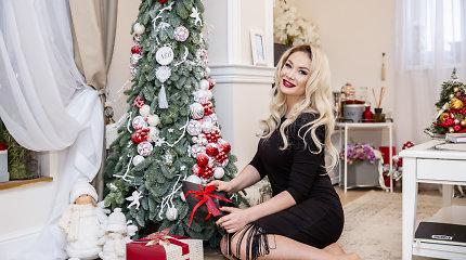 Kalėdinė dvasia – Natalijos Bunkės namuose: neįprastą eglę puošė ir sūnus, ir mylimasis Edgaras