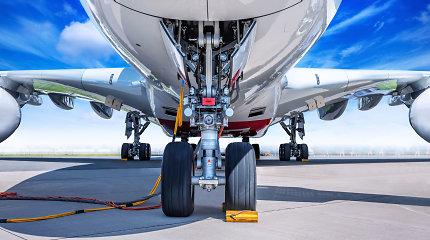 """Pigių skrydžių bendrovė """"Eurowings"""" priversta raudonuoti dėl uždaryto Sardinijos oro uosto"""