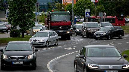 Vilniaus savivaldybė rado būdą mažinti spūstis sudėtingiausiame žiede – ar tai veiks?