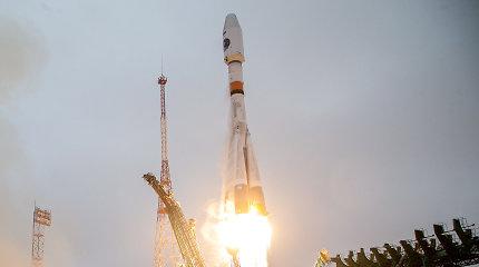 Rusija paleido savo pirmąjį palydovą stebėti Arktį