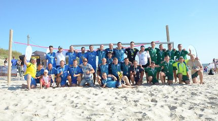 Klaipėdiečiai paplūdimį pavertė egzotiško futbolo aikšte