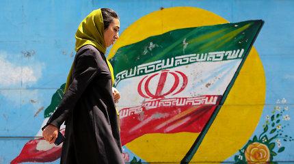 Iranas nuo birželio 27-osios nebesilaikys apribojimų jo urano atsargoms