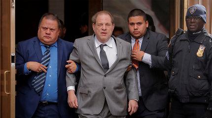 Harvey Weinsteinas išvežtas į liūdnai pagarsėjusį Niujorko Raikerso kalėjimą