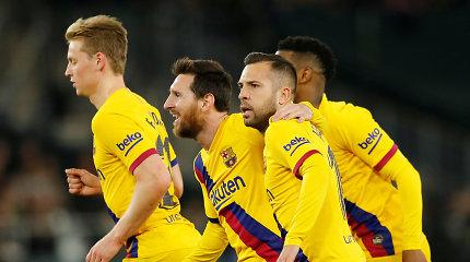 """L.Messi skirstė rezultatyvius perdavimus, o """"Barcelona"""" išplėšė tris taškus"""