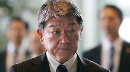 Japonijos premjeras pertvarkė vyriausybę