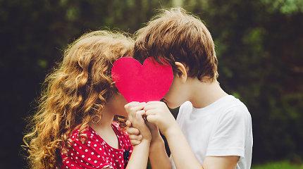 Seksologas Viktoras Šapurovas: Visi prisimename pirmąją meilę, nes nuo jos prasideda mūsų meilės mokymasis