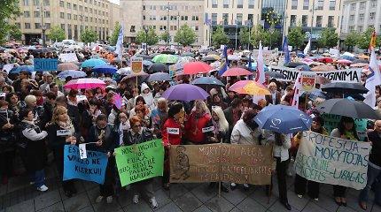 Profsąjungos nesutaria dėl etatinio pedagogų darbo apmokėjimo, dalis rengiasi streikuoti
