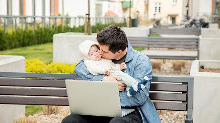 Tėčiai siunčiami vaiko priežiūros atostogų: ką apie jiems skirtus 2 mėnesius mano ekspertės