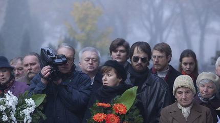 """Kino teatrų ekranuose – festivaliuose laurus skinanti lenkų drama """"Paskutinė šeima"""""""