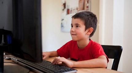 Tėvai Lietuvoje nesilaiko rekomendacijų – prie ekranų vaikai būna daugiau kaip 2 valandas