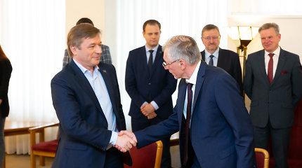 Nauji mokesčiai stringa: Seimas už kelis šimtus eurų neranda ekspertų