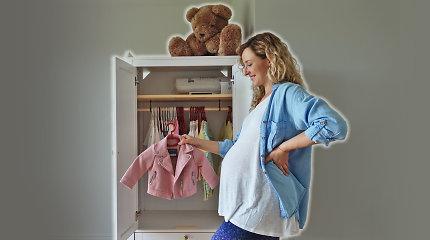 Kaip pasiruošti gimdymui ir naujagimiui: ruošiame kūdikio drabužius