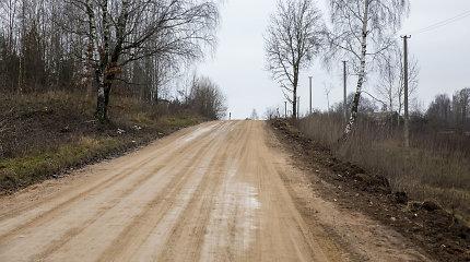 Rado dar lėšų žvyrkeliams: Vilniaus ir Trakų rajonams atriekta ir pagal atskiras programas