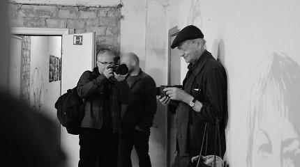"""""""Fluxus"""" judėjimui – 60 metų: jubiliejaus proga pristatoma mobilioji programėlė, atskleisianti žiūrovo santykį su meno kūriniu"""