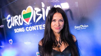 """Aistė Pilvelytė svarsto 12 kartą mėginti laimę """"Eurovizijos"""" atrankoje: šįkart dalyvautų ne viena"""