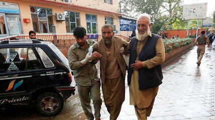 Afganistane per sprogimą mečetėje žuvo mažiausiai 62 žmonės