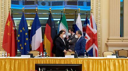 """Ketvirto derybų dėl Irano branduolinio susitarimo rato dalyviai giria """"naują energiją"""""""