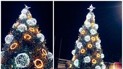 Šilutę papuošė kalėdinis spindesys: įžiebta pagrindinė miesto eglė