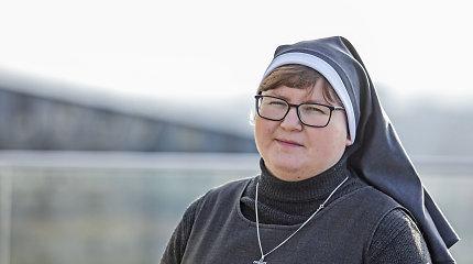 Mitus laužanti vienuolė Juozapa: dėl tyrimo magistriniam darbui apsigyveno su priklausomais žmonėmis