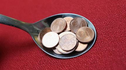 Kol lietuviai smulkiausias monetas kaupia stiklainiuose, estai jų nori visai atsisakyti