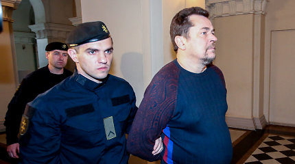 """""""Facebook"""" ir """"Google"""" apgaule įtariamą E.Rimašauską išsigabeno JAV pareigūnai"""
