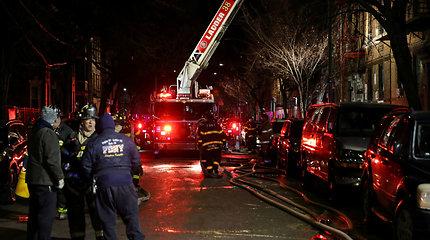 Niujorko Bronkso rajone – gaisras daugiabutyje