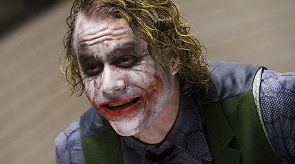"""Filmuodamasis juostoje """"Tamsos riteris"""" velionis aktorius Heathas Ledgeris buvo apsėstas velnio?"""