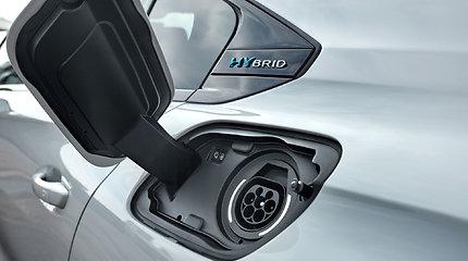 """Įkraunamas iš elektros tinklo """"Peugeot 508 Hybrid"""""""