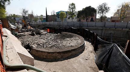 Ši šventykla maždaug prieš 650 metų pastatyta mitinei būtybei – vėjo dievui Ehecatl-Quetzalcoatlui