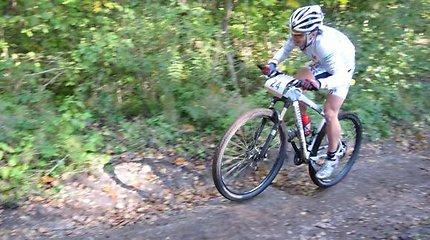 Kalnų dviračių kroso čempionais tapo Edgaras Kovoliovas ir Karolina Mickevičiūtė