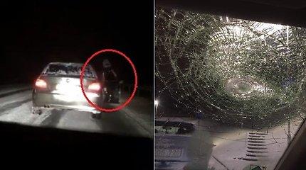 Kelyje BMW išpuolį patyrusi moteris atskleidė šokiruojančią skyrybų dramą