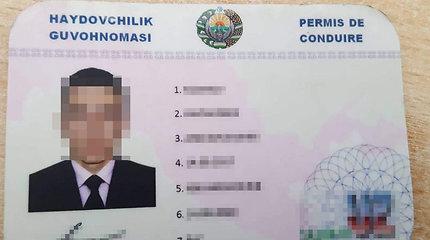 """""""Tarptautinis vairuotojo pažymėjimas"""" tebuvo dailus, bet nieko vertas uzbeko rankdarbis"""