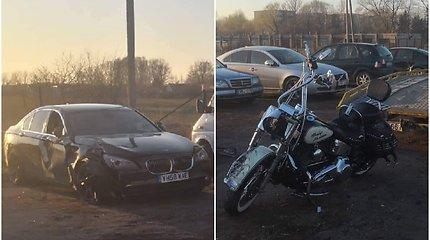"""Palangos pakraštyje – """"Harley Davidson"""" ir BMW susidūrimas: sužeisti trys žmonės"""